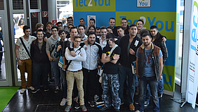 Gruppenfoto der ITAs auf der CeBIT.