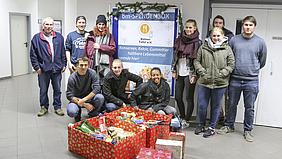 Spendenaufruf an Schüler und Mitarbeiter: bm - bildung in medienberufen spendet für die Kölner Tafel Lebensmittel.